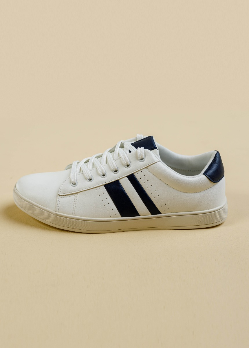 Men White & Navy Leather Caflaire  Sneakers