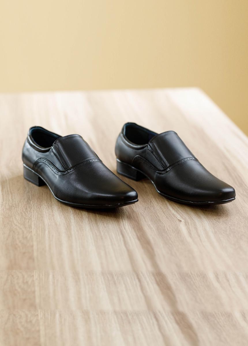 Men Black Semiformal Shoes