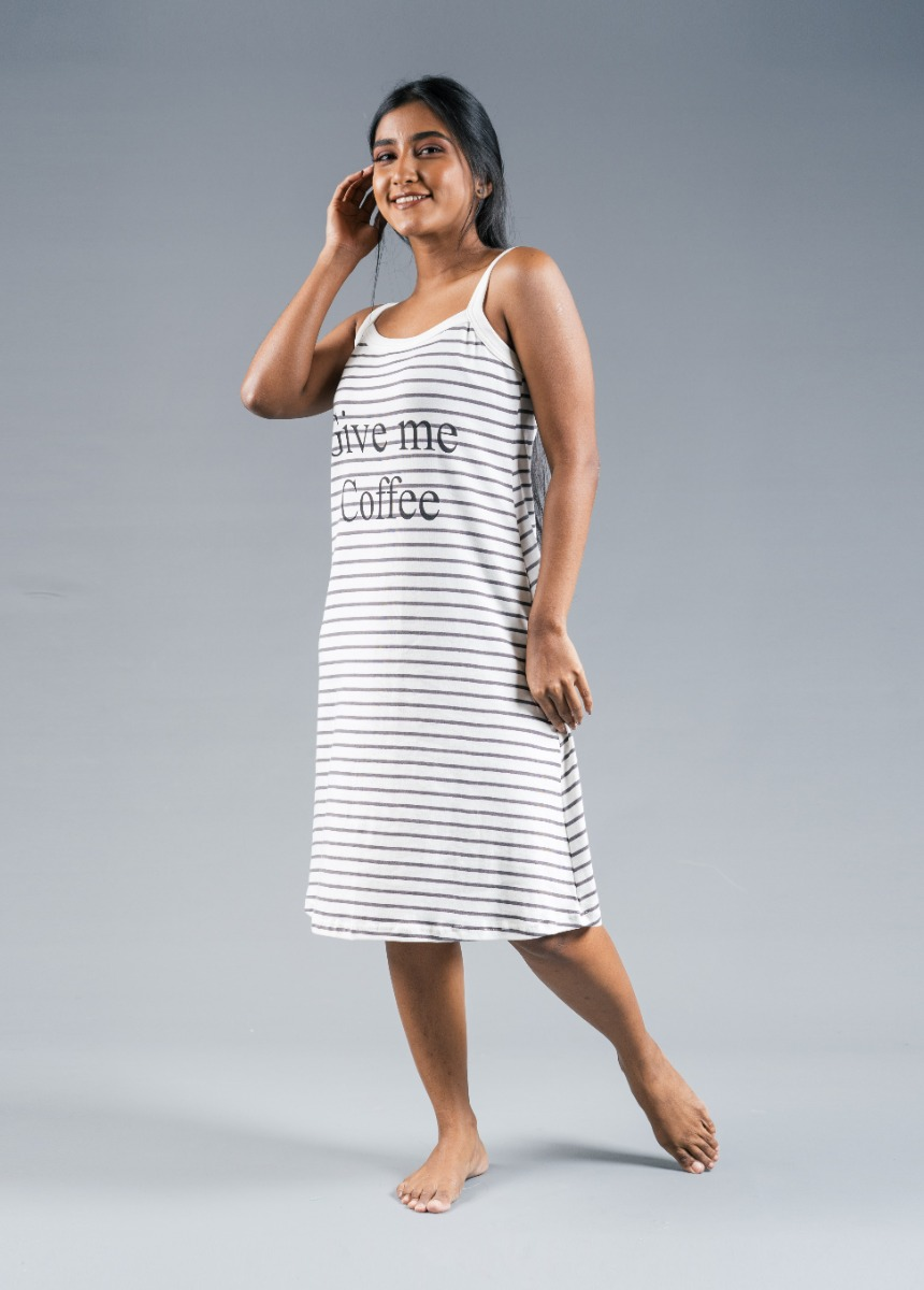 Women's Off White and Gray Printed Nightdress