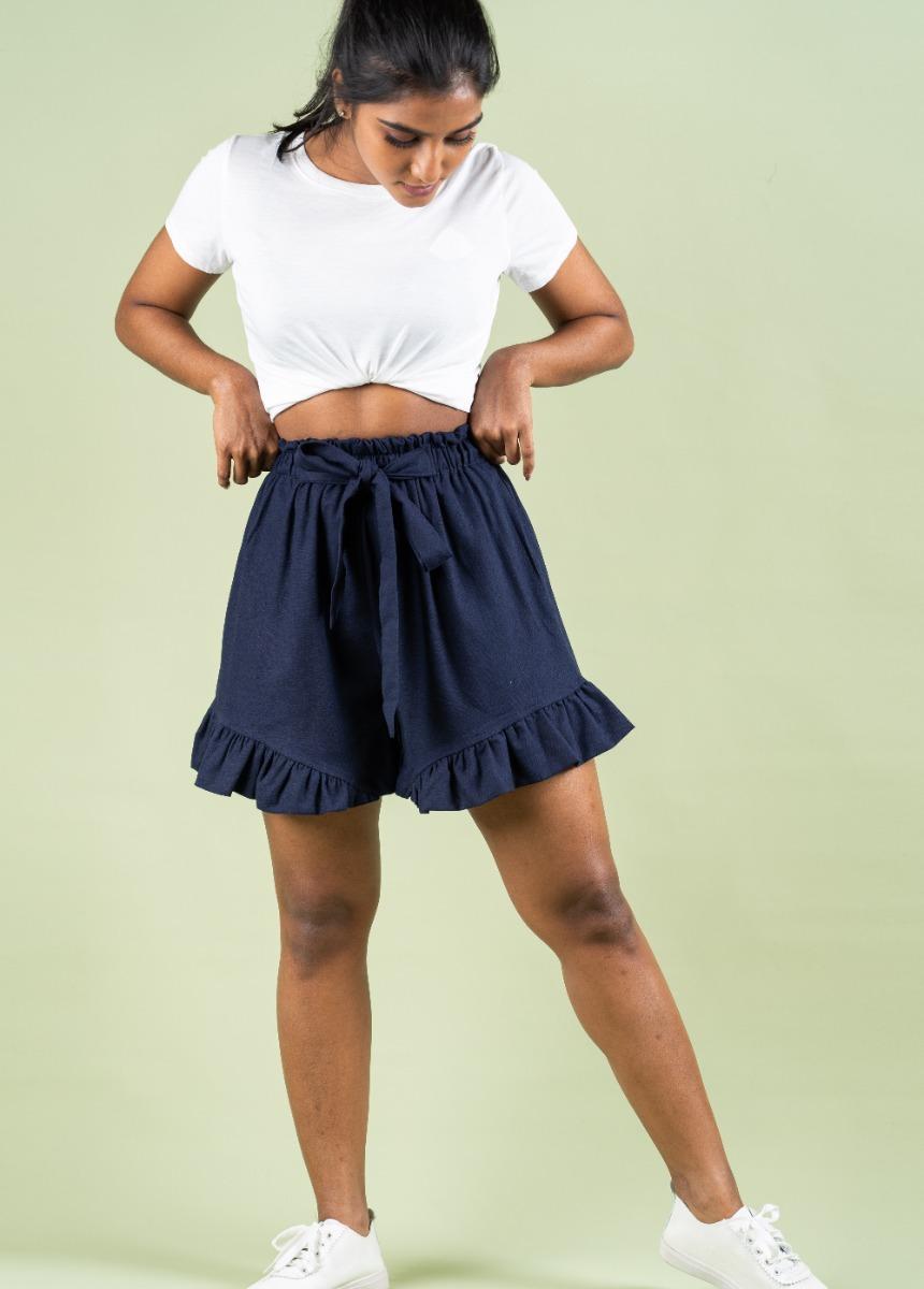 Women's Dark Blue Solid Regular Fit Shorts