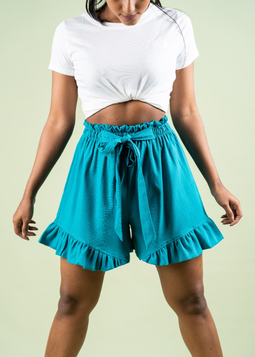 Women Jungle Green Solid Regular  Fit Shorts