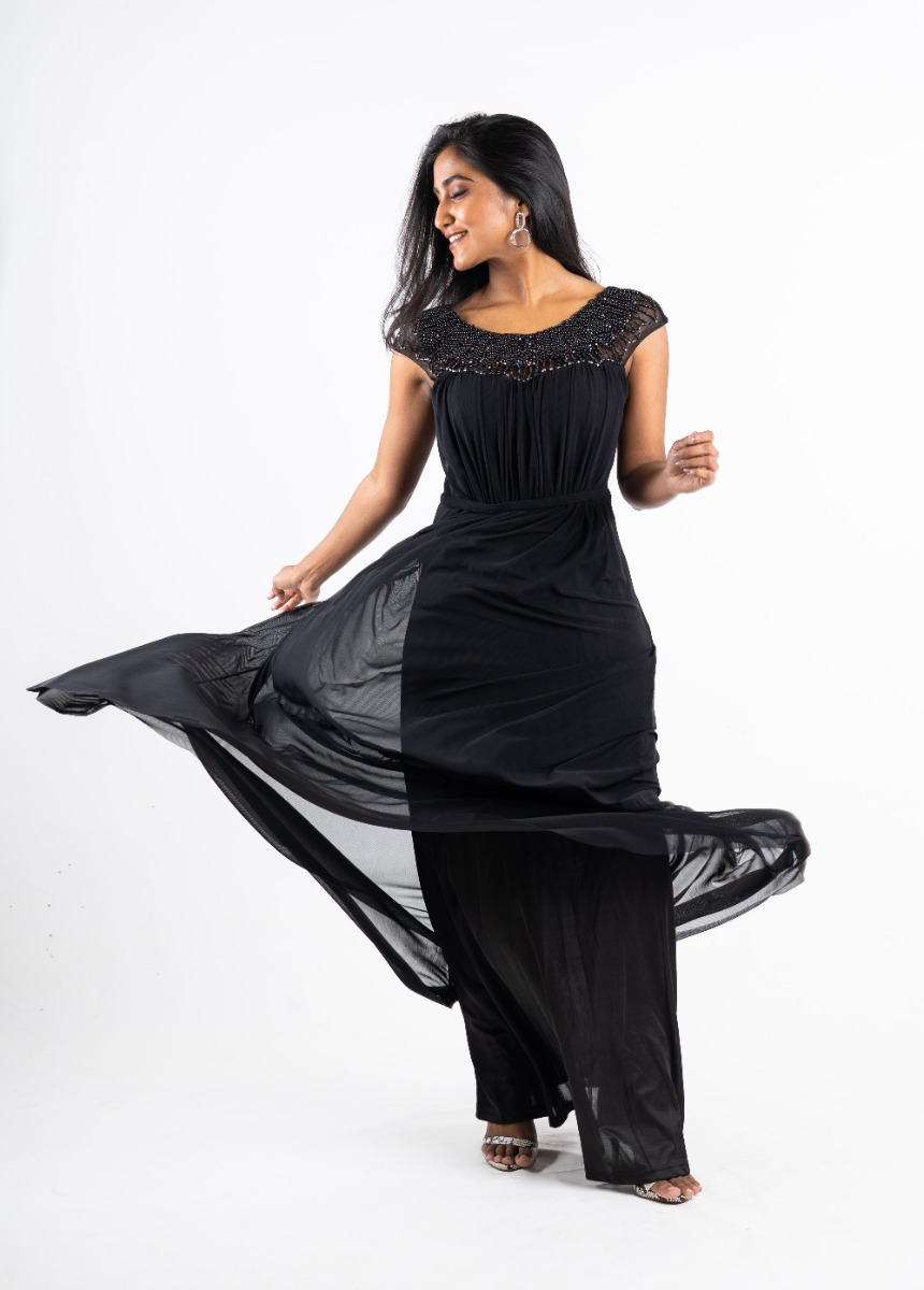 Women's Black  Accordion Pleat Party Maxi Dress With Pearls Detail