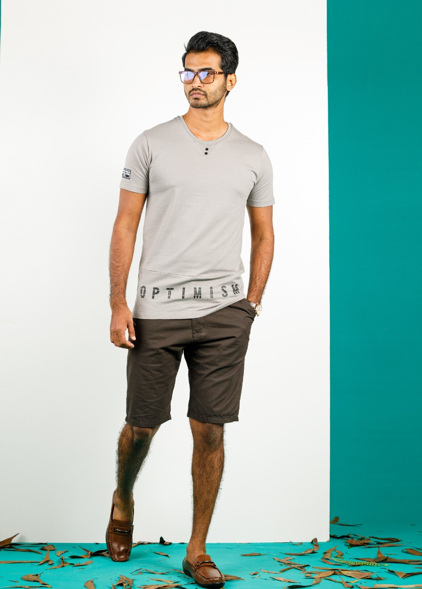 Men Brown Solid Slim Fit Chino Shorts