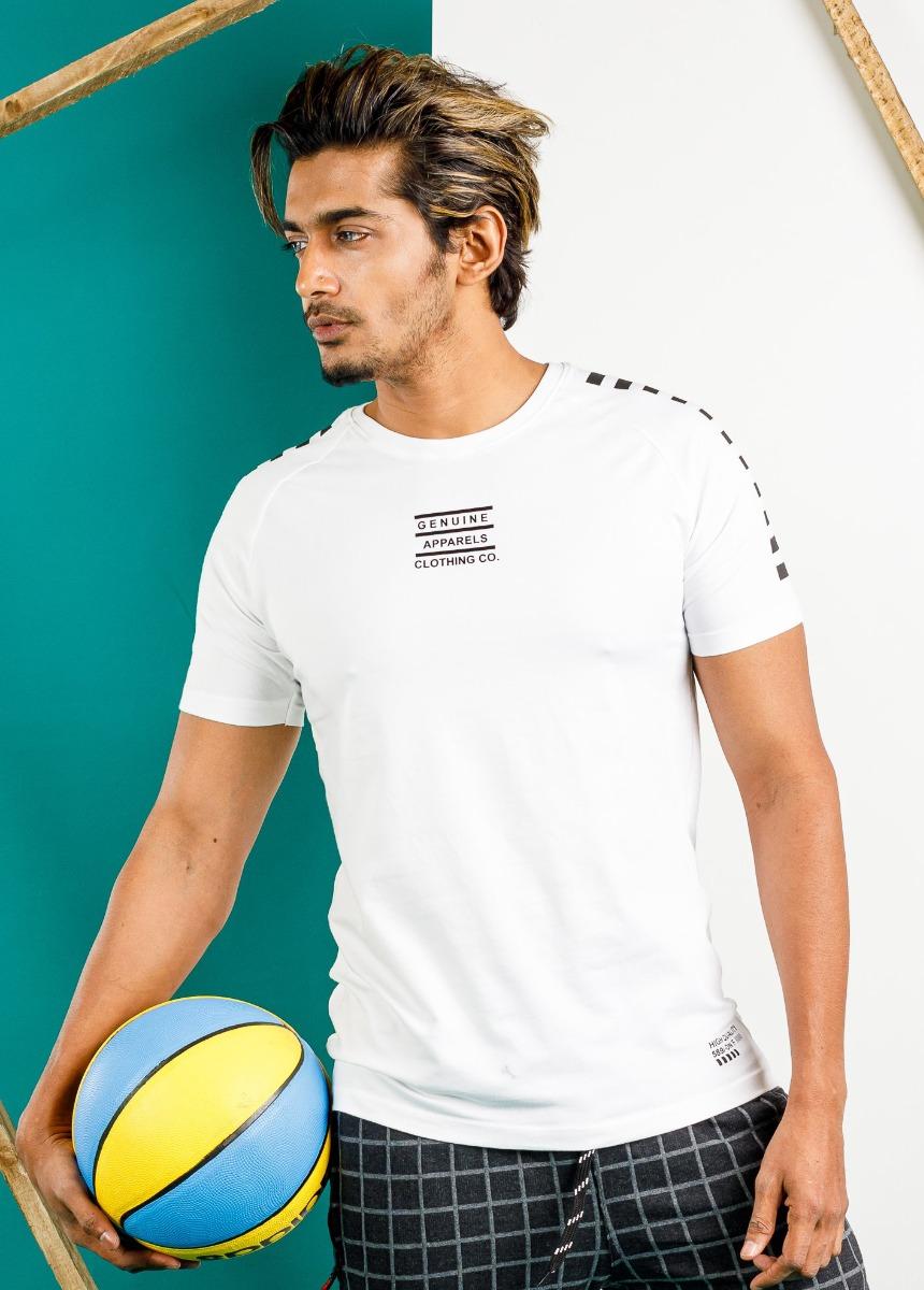 Men White Slim Fit Round Neck T-shirt